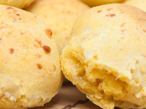 Pão de queijo e milho